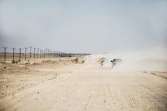 Дюна сафари виллисов традиционная Bashing al Khali 3 протиркой пустыни Омана Ubar туристов Стоковые Фотографии RF