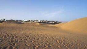 Дюны Maspalomas в Gran Canaria, Канарских островах, Испании акции видеоматериалы