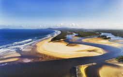 Дюны 2 s перепада d Nambucca Rvr стоковое изображение rf
