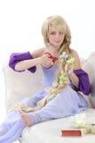 Длинная девушка волос с ножницами Стоковые Фотографии RF