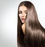 Длинные здоровые прямые волосы Стоковые Изображения