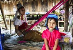 Длинные люди шеи в Chiang Rai, Таиланде Стоковые Фотографии RF