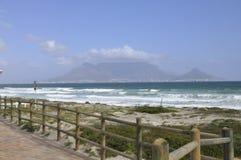 Длинный белый пляж, залив дельфина Стоковое Изображение