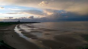 Длинный пляж песков стоковые изображения rf