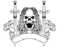 Длинный череп волос с шпагами Стоковые Фотографии RF