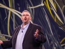 Евангелист NetApp главный ONTAP Джеф Baxter делает речь стоковые фотографии rf