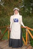 Еврейская женщина одела в национальных костюмах XIX века Стоковое Изображение