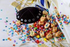 Еврейский натюрморт праздника составил элементов фестиваль Chanukah Хануки Стоковое фото RF