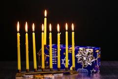 еврейский натюрморт Хануки праздника составил элементов фестиваль Chanukah Стоковое Фото