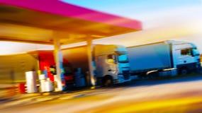 европа Бензоколонка бензоколонка питания автомобиля ваша стоковые изображения