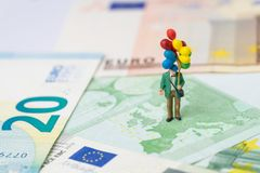 Европа, Brexit финансовое или концепция экономики, миниатюрные люди ha стоковая фотография rf