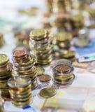 Европейская валюта (банкноты и монетки) Стоковое фото RF