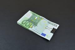 европейские деньги Евро на черной предпосылке Стоковое Фото