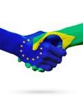 Европейский союз флагов, страны Бразилии, концепция рукопожатия приятельства партнерства Стоковые Фото