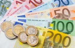 евро монеток кредиток много Стоковые Изображения