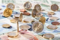 евро монеток кредиток много Стоковое фото RF