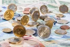евро монеток кредиток много Стоковые Изображения RF