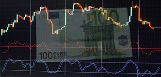 100 евро для составления схемы валют Стоковое Изображение RF