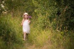 девушка 2 Весн-лета Стоковое Изображение RF