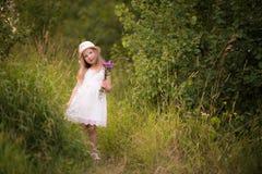 девушка 9 Весн-лета Стоковые Изображения RF