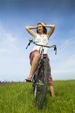 девушка велосипеда Стоковая Фотография