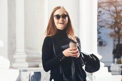 девушка кафа напольная Стоковые Фото