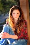 девушка довольно предназначенная для подростков стоковое изображение rf