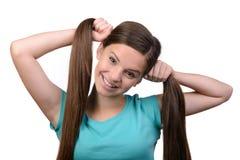 девушка предпосылки над белизной подростка студии всхода Стоковые Фотографии RF