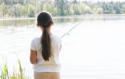 девушка рыболовства Стоковое Изображение RF