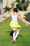 девушка танцы немногая Стоковое Изображение RF