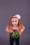 девушка шарика немногая Стоковые Изображения RF
