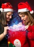 2 девушки в рождестве Стоковые Фотографии RF