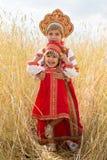 2 девушки в русских национальных sundresses Стоковое фото RF
