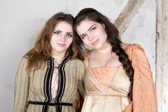 2 девушки одетой как принцесса Стоковые Фото