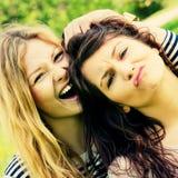 девушки одичалые стоковое изображение rf