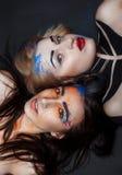 2 девушки с ярким творческим составом Стоковая Фотография RF