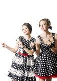 2 девушки танцев в стиле штыря-вверх Стоковое Изображение