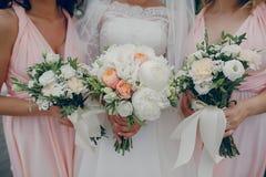 девушки цветков 3 Стоковые Изображения