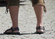 левые ноги ноги укомплектовывают личным составом другую запасную часть символизируют работу времени Стоковое фото RF