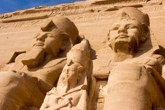 Египетские фараоны гиганта древнего храма Стоковое Изображение