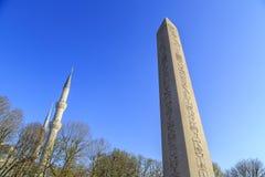 Египетский обелиск в Стамбуле Старый египетский обелиск фараона Tutmoses в квадрате ипподрома Стамбула, Турции стоковые изображения rf