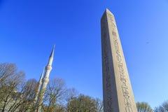 Египетский обелиск в Стамбуле Старый египетский обелиск фараона Tutmoses в квадрате ипподрома Стамбула, Турции стоковая фотография rf