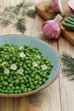 Еда вегетарианца зеленых горохов стоковое изображение rf