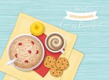 Еда завтрака энергии, хлебопекарня, питье, плодоовощ Крупный план каши овсяной каши с ягодами, печеньями шоколада, кофе с пеной,  Стоковая Фотография