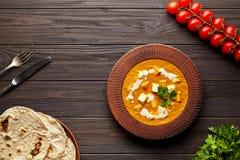 Еда подливки masala paneer Shahi традиционная индийская вегетарианская с овощами и сыром paneer масла стоковая фотография