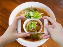 Еда супа Тома Yum тайская стоковое изображение