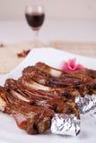еда фарфора вкусная зажарила баранину Стоковые Фото