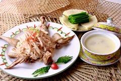 еда фарфора цыпленка вкусная высушенная Стоковые Фотографии RF