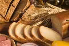 еда хлеба близкая вверх Стоковые Фотографии RF