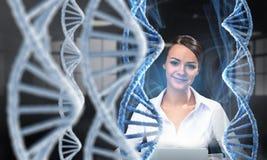 Ее исследование и открытие биохимии Мультимедиа Стоковые Фотографии RF